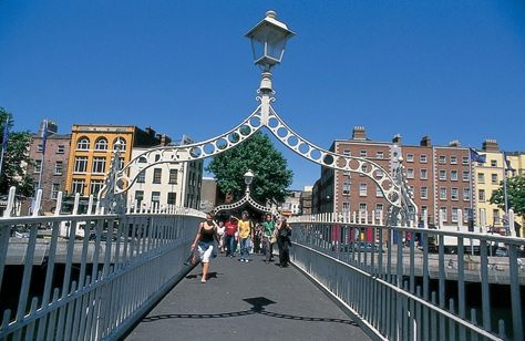 ha'penny_bridge_dublin